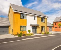 Housing development ThermoWood in Sansin Light Honey