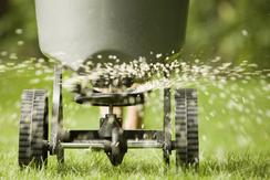 Using slow-release fertilisers gives economic, environm