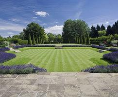 Garden landscaping, Stow-on-the-Wold