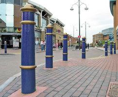 CAN500 Cannon cast iron bollards