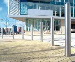 ZEN701 Zenith® satin stainless steel bollards