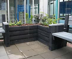 Agora recycled plastic planters