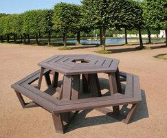 Roma hexagonal picnic table