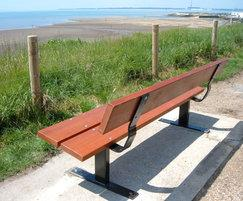 Beaufort seat with hardwood slats