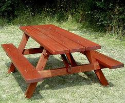 Woodland T63A hardwood picnic table