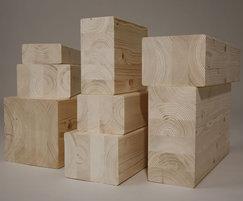 Standard spruce glulam beams - visual quality