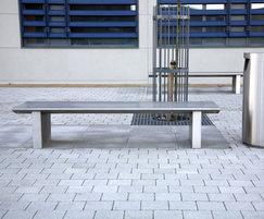 s32 stainless steel bench, s11.3 litter bin