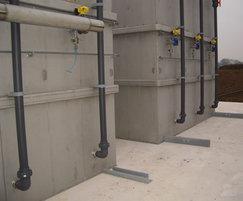 Membrane tank air scour feed