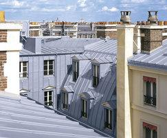 Click strip roofing