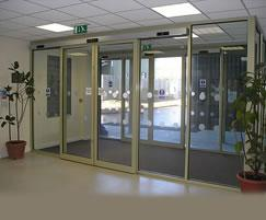 iMotion® 1301 automatic swing door drive