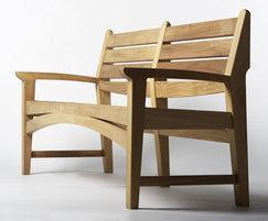 Harpo bench